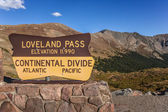 Sign at the Loveland pass in Colorado — 图库照片