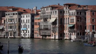 Timelapse Canale Grande with traffic on the water