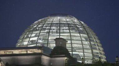 Glass Dome Berlin Reichstag — Stock Video