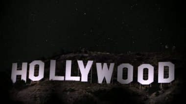 Hollywood Sign Spotlight — Stok video