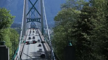 Time lapse Lions Gate Bridge — Stock Video