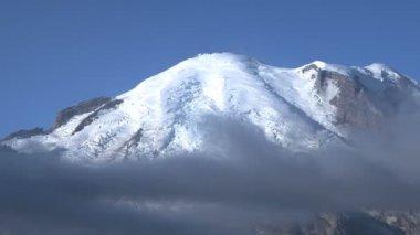 Mt. Rainier — Stock Video #20310811