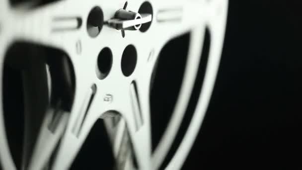Carrete de película 8mm negro — Vídeo de stock