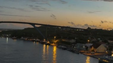 Port of Willemstad in Curacao with view to a bridge — Stock Video