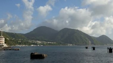 Time lapse clouds over Hills passing by on Dominica Roseau — Stock Video