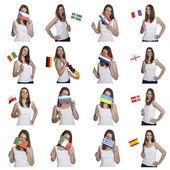 女性は、ヨーロッパのフラグを示します — ストック写真