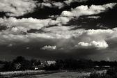 Paisagem com cloudscape. — Fotografia Stock