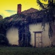Spooky abandoned house — Stock Photo