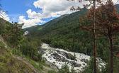 Camino a la cascada uchar — Foto de Stock