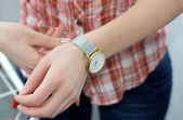 Woman hand with a watch — Foto de Stock