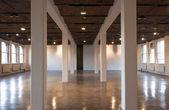 Interior del edificio interior grande — Foto de Stock