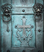 Holy Cross, old, door, Amalfi Cathedral, Italy — Stock Photo