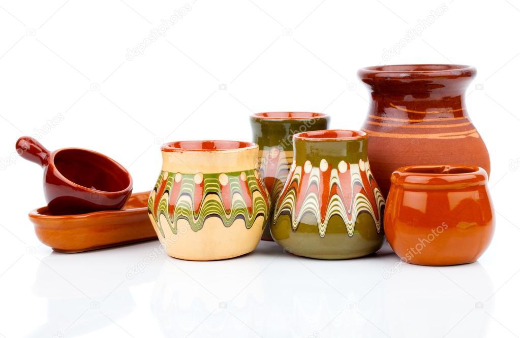 Antiguos utensilios de cocina ollas de barro sobre for Utensilios de cocina viejos