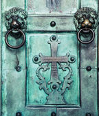 Holy Cross, old, door, Amalfi Cathedral, Italy. 9th-century Roma — Stock Photo