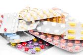 Pilha de muitas pílulas diferentes — Foto Stock