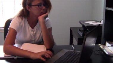 Homeschool student — Stock video