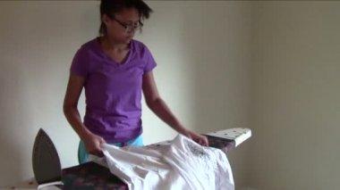 Ironing — Stock Video