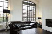 дом, интерьер гостиной — Стоковое фото