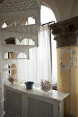 Věž, luxusní rezidenční byty, točité schodiště — Stock fotografie
