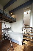 Torre, apartamentos residenciais de luxo, cama de beliche — Fotografia Stock