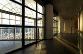 空的现代别墅,大窗口 — 图库照片