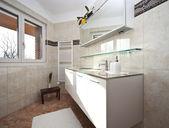 New apartment, bathroom — 图库照片