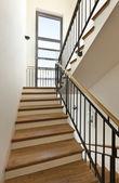Escada de madeira — Fotografia Stock