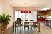 Wohnung, Esstisch — Stockfoto