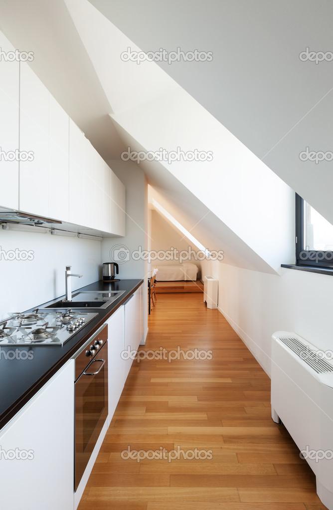 Interni loft, cucina — Foto Stock © Zveiger #41346203