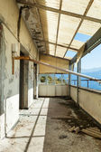 Destroyed building, balcony — Stock Photo