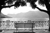 Banco à beira do lago — Foto Stock