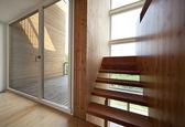 Ecologic house, staircase — Stock Photo