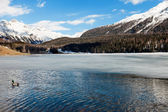 Mountain landscape, lake frozen — Foto Stock