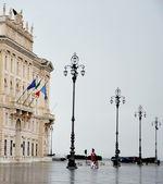 Historic architecture in Italy. Main Square. — Stock Photo