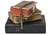 Antique Bibles and Cross — Stock Photo