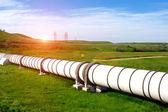 Tubería industrial con gas y petróleo — Foto de Stock