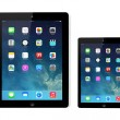 New operating system IOS 7 screen on iPad and iPad mini Apple — Stock Photo #31478819