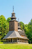 A typical ukrainian antique orthodox church — 图库照片