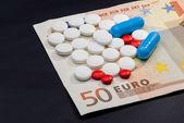 Money and Pharmacy — Stockfoto