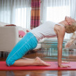 Woman exercise in her home — Foto de Stock