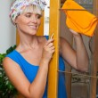 Happy housewife — Stockfoto