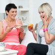 Two woman friends chating - Foto Stock