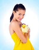 Teen girl with sponge — Stock Photo