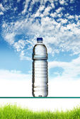 Water bottle — Stock Photo
