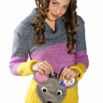Teen girl with cute purse — Stock Photo #25409169