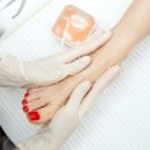 Foot peeling treatment — Stock Photo