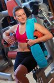 Woman in gym — Foto de Stock