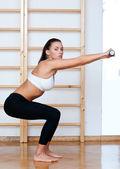 Kobieta sprawny w fitness stanowią — Zdjęcie stockowe