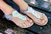 Vrouw voeten — Stockfoto