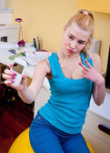 Teen girl making selfie — Stock Photo